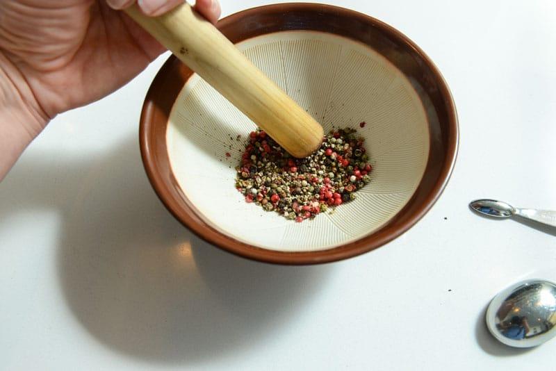 Aplastar los 4 tipos de pimienta