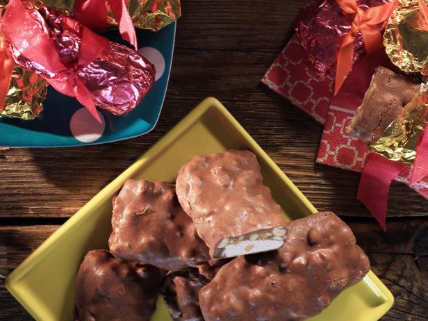 Barra de Turrón con caramelo y chocolate