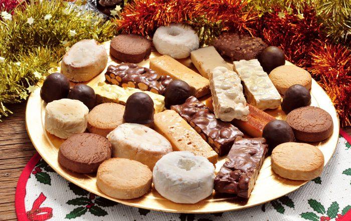 Variedad de dulces navideños