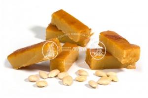 turrón de yema tostada